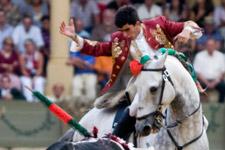 João Moura Jr. encerra-se com seis toiros no Campo Pequeno
