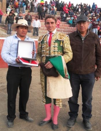 Casquinha - 33 Corridas de Triunfos no Peru