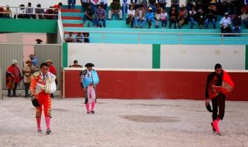 Diogo dos Santos ovacionado em La Joya